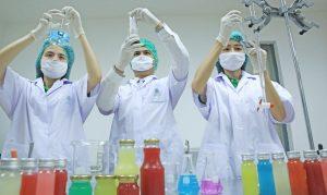 ทีมวิจัยและพัฒนา โอเค เฮิร์บ รับผลิต OEM Functional Drinks รายใหญ่ของประเทศไทย