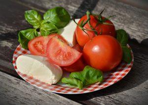 tomato ,ไลโคปีน ,มะเขือเทศ ,คุณธนอรรถ ตรีธิติธัญ